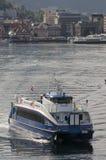 BERGEN/NORWAY - 21 juin 2007 les feuilles de ferry de Rodne Fjordcruise soient photographie stock libre de droits