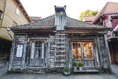 Bergen, Norwegia, 23 2017 Lipiec: Stary drewniany dom w Bergen, Norwegia Obrazy Royalty Free