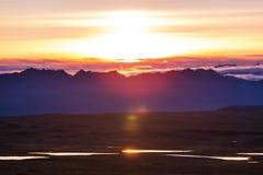 Bergen op zonsondergang Stock Fotografie