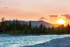Bergen op zonsondergang Royalty-vrije Stock Foto