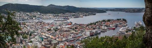 Bergen panorama Arkivfoton