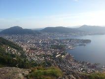 Bergen stad från berget av Sandviken royaltyfri foto