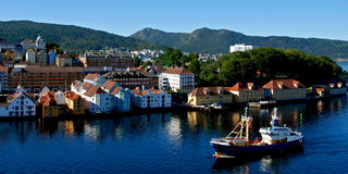 Bergen - staden i fjorden Royaltyfria Bilder