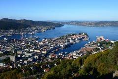 Bergen su Sunny Day Fotografia Stock Libera da Diritti