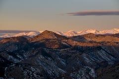 Bergen ten westen van Gouden, Colorado Stock Foto's