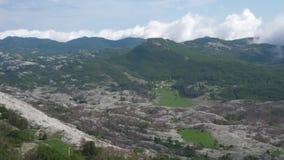 Bergen van een grote hoogte stock videobeelden