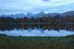 Bergen van Kvaløya stock foto's