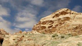 Bergen van Petra, Jordanië, Midden-Oosten stock footage