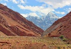 Bergen van Tadzjikistan stock afbeelding