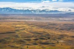 Bergen, wolken en wilde vlaktes, Nieuw Zeeland royalty-vrije stock foto's