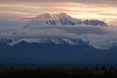 Bergen Wrangell St Elias National Park Mt Drum Alaska royalty-vrije stock fotografie