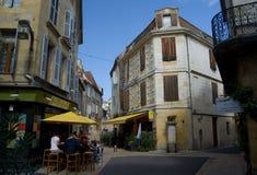 BERGERAC, FRANÇA - 10 DE SETEMBRO DE 2015: Ruas de Bergerac, Dordogne, França, em setembro de 2015 Imagem de Stock Royalty Free