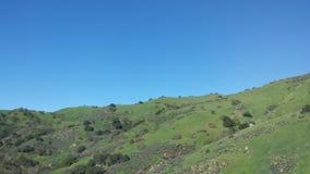 Berges des blauen Himmels Stockbild