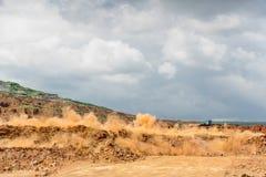 Berget bombarderar i coalmining Arkivbild