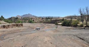 Bergflod i Altiplanoen Royaltyfri Foto