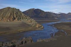 Bergflod i den Laguna de Laja nationalparken, Chile arkivfoton