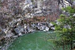 Bergflod Prut Arkivbild