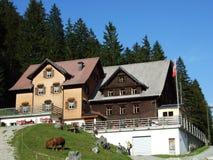 Berggasthaus Plattenbödeli of Bergrestaurant Samtisersee royalty-vrije stock foto's