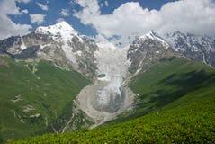 Bergglaciär Royaltyfria Bilder