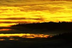 Berghav av moln Arkivfoto