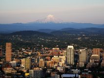 Berghorizon van Portland stock afbeeldingen