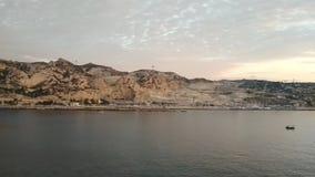 Bergig havskust Le Rio de Janeiro, Marseille, Frankrike stock video