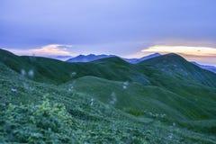 bergig liggande Arkivfoton