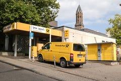 BERGISH GLADBACH, ΓΕΡΜΑΝΊΑ - 18 ΣΕΠΤΕΜΒΡΊΟΥ 2016: μετα σταθμός της Γερμανίας Στοκ εικόνες με δικαίωμα ελεύθερης χρήσης