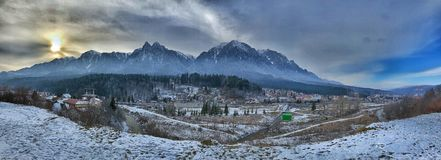 Bergkant - Carphatian-bergen stock afbeelding