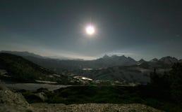 Bergketen bij Nacht Stock Afbeeldingen