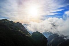 bergketen van fansipan hoogste bergtop van indochina in sapa lao cai provincie noordelijk Vietnam stock foto