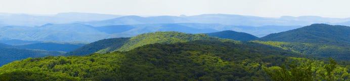 Bergketenlandschap Stock Fotografie