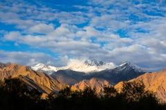 Berglager i vinter Royaltyfri Fotografi