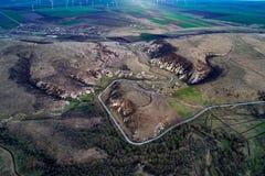 Berglandschaft mit einigen der ältesten Kalksteinfelsformationen in Europa lizenzfreie stockfotos