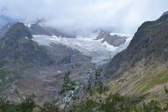 Berglandschaft mit gletcher Stockfotografie