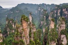 Berglandschaft Nationalparks Zhangjiajie Stockbild