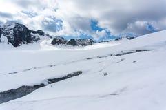 Berglandschap in de bergen van de Alpen van Europa royalty-vrije stock foto's