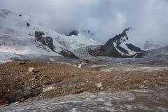 Berglandschap. Het Dak van de Wereld Stock Afbeeldingen