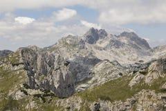 Berglandschap in het Nationale Park van Durmitor in Dinaric-Alpen royalty-vrije stock fotografie