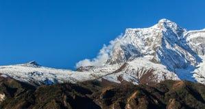 Berglandschap in Himalayagebergte Royalty-vrije Stock Fotografie