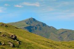 Berglandschap met voorgrond en achtergrond Oostelijk Kazachstan royalty-vrije stock fotografie