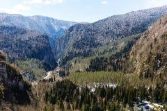 Berglandskap, Abchazien Arkivbild