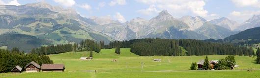 Berglandskap av Engelberg Royaltyfria Bilder