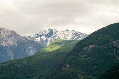 Berglandskap, bergpanorama Arkivbild