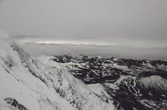Berglandskap från den Cosmique kojan Fotografering för Bildbyråer