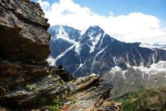 Berglandskap, härlig naturbakgrund Arkivfoton