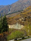 Berglandskap i Almaty, stor sjö arkivbilder