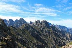 Berglandskap i en sommardag, Corse, Frankrike Fotografering för Bildbyråer