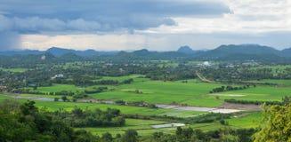 Berglandskap i Thailand royaltyfria foton