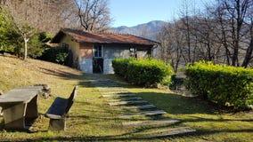 Berglandskap nära Lugano arkivbild